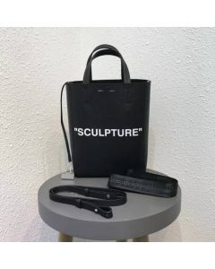MEDIUM SCULPTURE TOTE