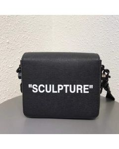 BLACK SCULPTURE BINDER CLIP